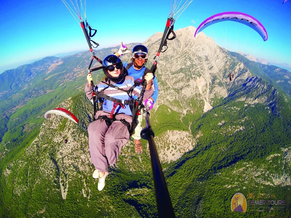Прыжок с парашютом в Кемере