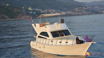 Rent Yacht in Kemer