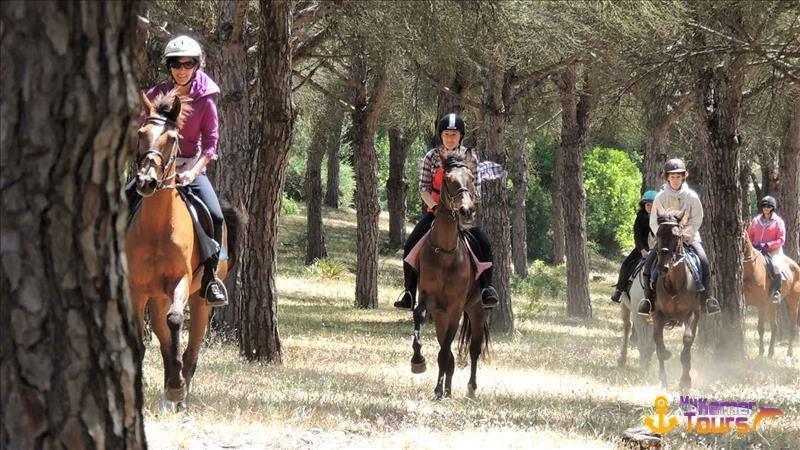 Horseback riding in Kemer