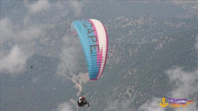 Paragliding in Kemer
